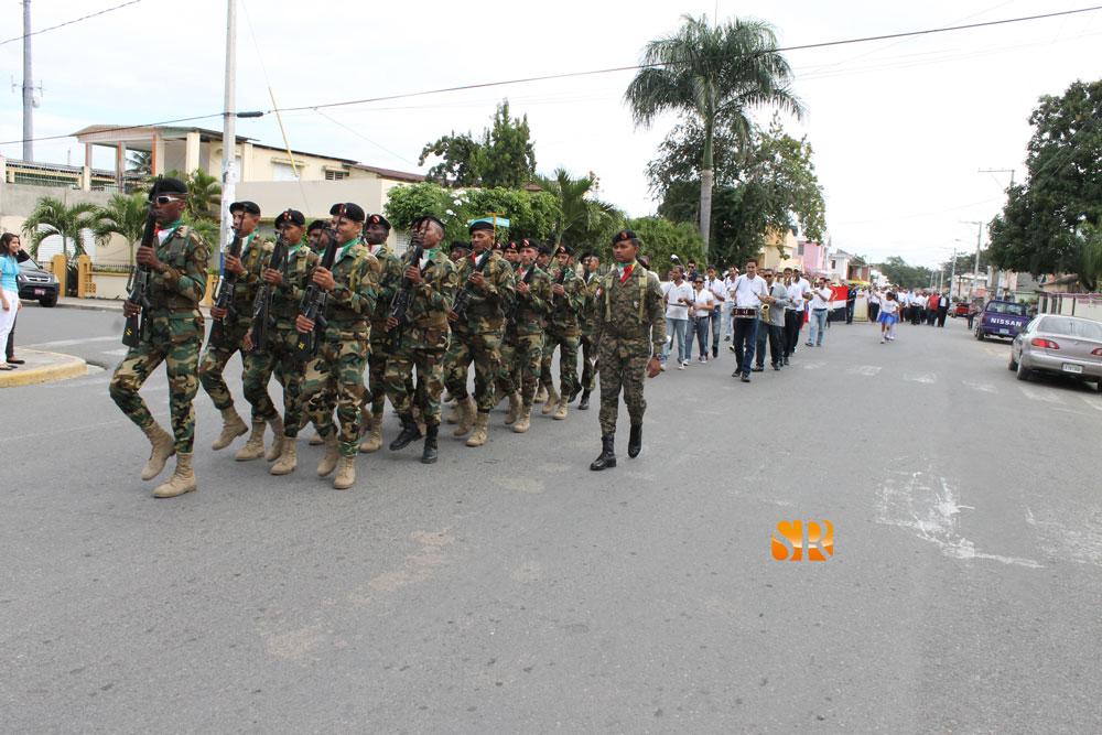 Desfile_bicentenario_JPD_2013_5