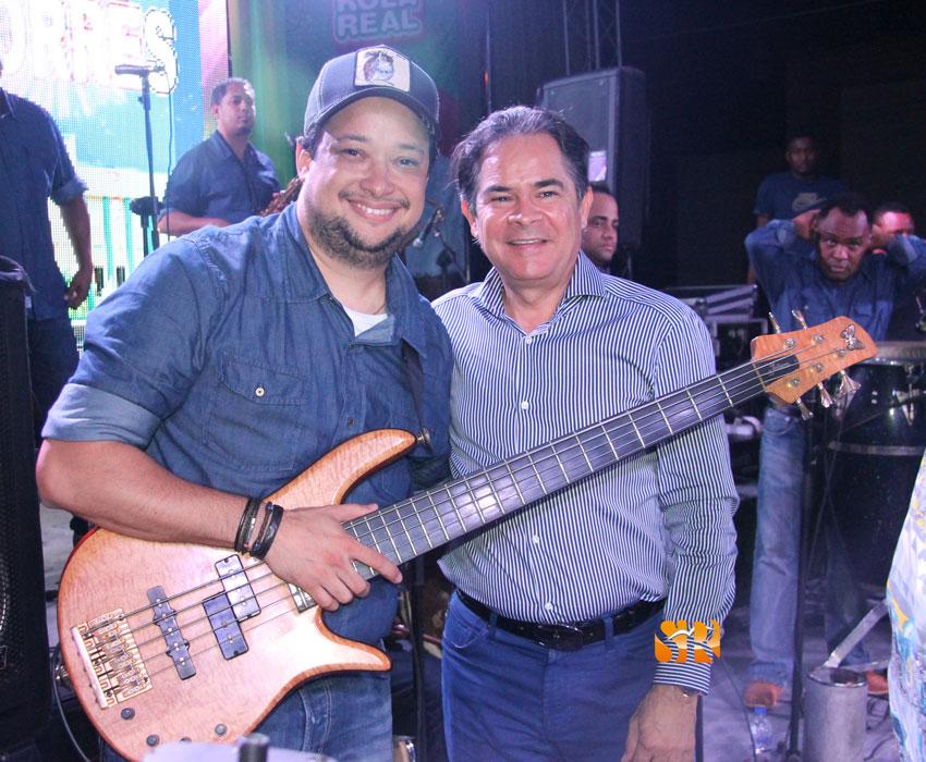 Leclerc junto al Senador Antonio Cruz.