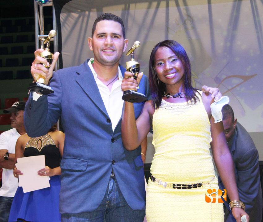 Yovanny Thomas de las Espinas y Jayaira Rodríguez del Guanal ganadores del priimer y segundo lugar del Zumba Karaoke 2016